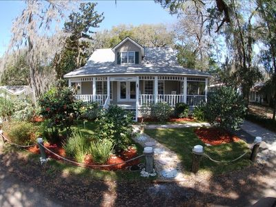Photo for 3BR Cottage Vacation Rental in Townsend, Ga