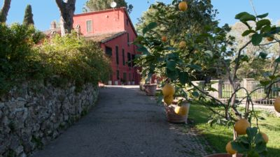 Photo for 4BR Villa Vacation Rental in Manziana