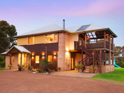 Photo for Meelup Manor. Perfectly located close to Meelup Beach and Dunsborough.