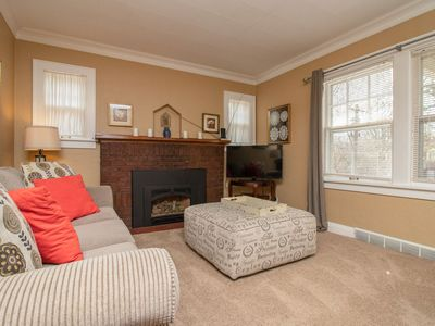 Photo for 3 Bedroom Sleeps 6, Beaverdale Cutie, Comfortable and Clean