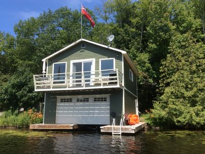 Cozy Upper Boathouse For Rent