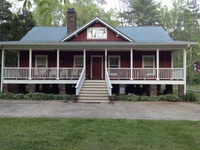 Photo for Mountain House Retreat On The Middle Saluda