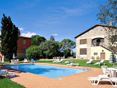 Photo for Residence in Altopascio with 2 bedrooms sleeps 6