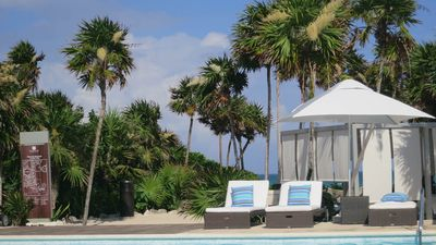 Photo for XMAS 2BR/2.5BA Gr Luxxe sleeps 6, Golf, Pools, Tennis, Beach, Cirque du Soleil