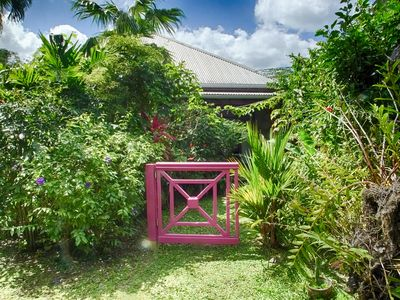 Photo for Small cottage for a couple in a tropical garden