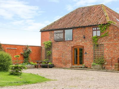Photo for BARN OWL, pet friendly in Louth, Ref 1010330