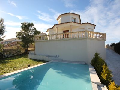 Photo for Villa with 3 bedrooms, 2 bathrooms, pool and sea views on Monte Solana