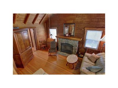 Photo for Cozy Log Cabin in Bonnet Shores