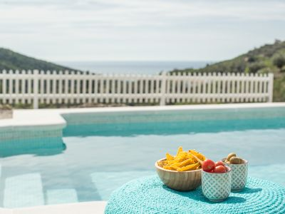 Photo for Private villa with sea view & swimming pool in the hills, 45 km from Màlaga