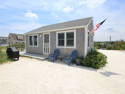Photo for 2BR Cottage Vacation Rental in East Sandwich