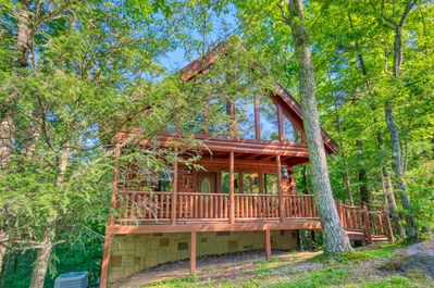 Secluded Smoky Mountain Cabin Rental With Pool Table Foosball And Hot Tub Pigeon Forge