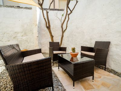 Photo for Casa Mediterranea, ground floor apt. with private garden & private parking