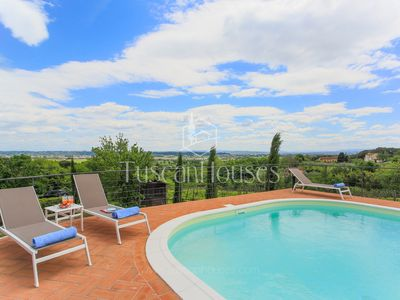 Photo for Casa Di Dante CLOSE to PISA,with PRIVATE SWIMMING POOL,WIFI & AC