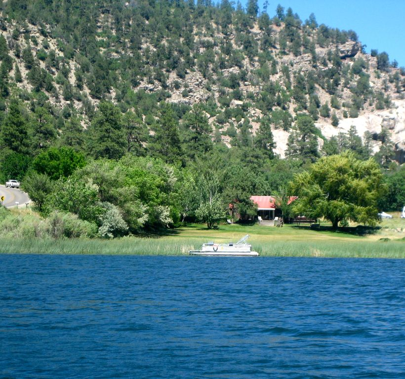 Turtle Ridge Apartments: Turtle Lake Ranch House With Private Family Owned Lake