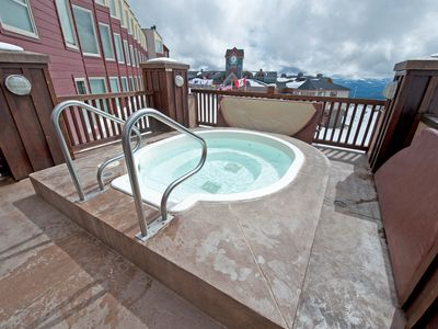 Photo for Ski-In Condo in a Great Location | Shared Sauna + Hot Tub Access