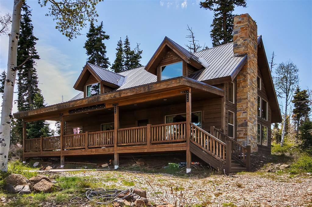 Beautiful 3br loft virgin cabin above zion vrbo for Vacation rentals near zion national park