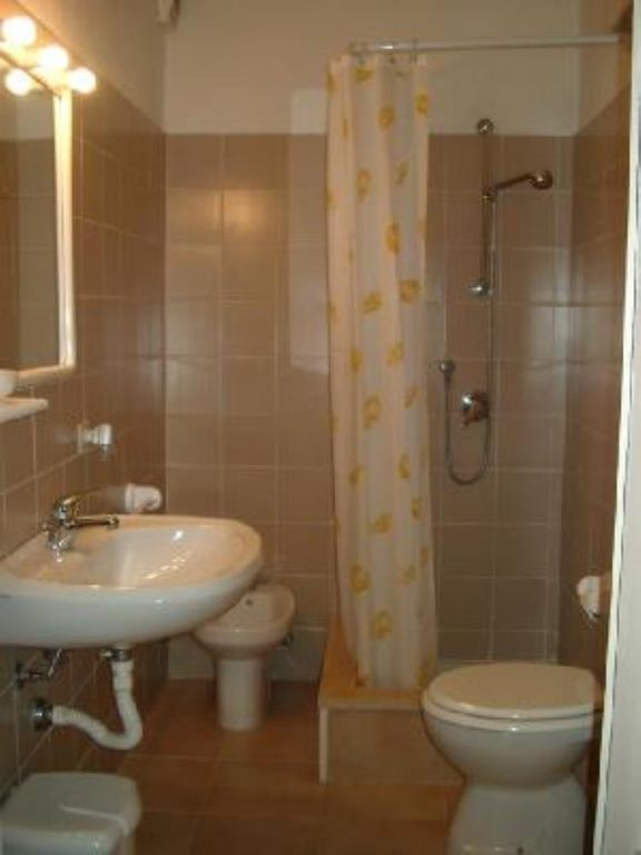 House with garden, ideally located, very quiet