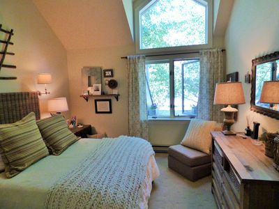 Gorgeous inside and out....So much Telluride condo for the money. Love it!