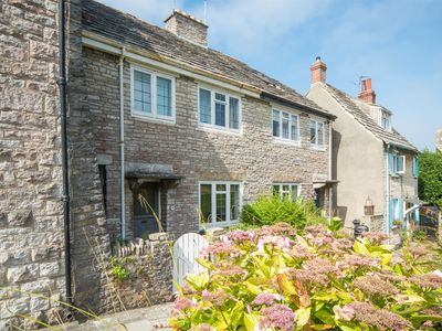 Photo for 3 bedroom Cottage in Isle of Purbeck - IC089