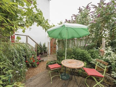 Photo for Charming Private Apartment with Garden