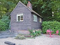 Very small (I knew that anyway!) but beautiful location, very quiet, charming owners, perfect for 1