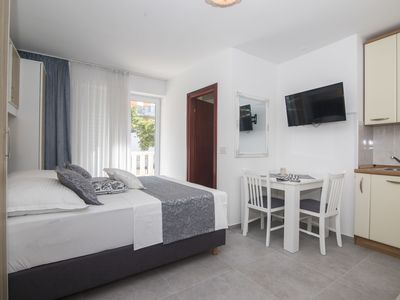 Photo for Apartments and Rooms Kapulica (65711-A1) - Tucepi