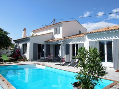 Photo for Character villa with heated pool