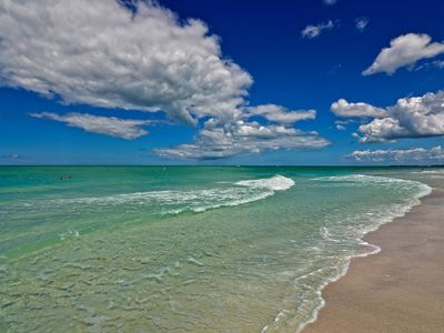 Photo for Pet Friendly Longboat Key Condo - Steps from Beach !!