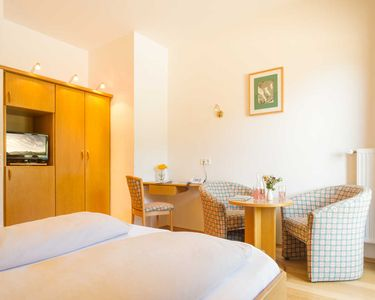 Photo for Double Room with Lake View - Ferienhotel Nagglerhof