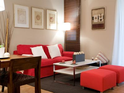 Photo for Ramblas  apartment in Barrio Gotico with WiFi, air conditioning, balcony & lift.