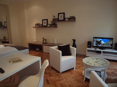 Photo for Super * * * apartment at the main station with garden, internet, washing machine