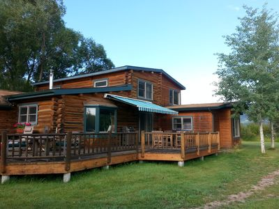 Photo for Family Friendly Rental With Mountain Views And Close To The Ski Resort!
