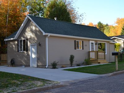 New In Marquette, Central Location For All Of Your Activities!