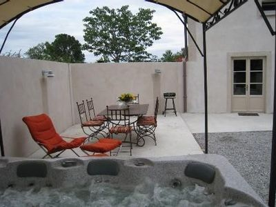 Photo for House Moules spa and heated outdoor enclosed courtyard for 2-4 people