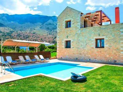 Photo for Villa, Kavallos  in Kreta - 9 persons, 3 bedrooms