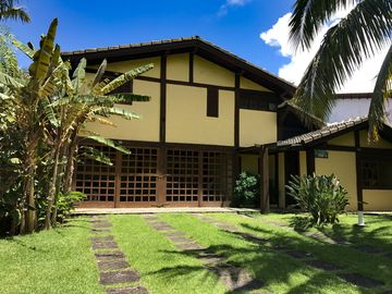 spacious house just meters from the beach