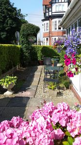 Photo for Beautiful Holiday Home in Filey, sleeps up to 12.
