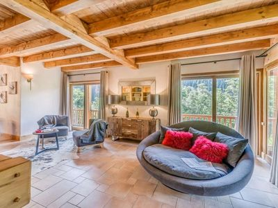 Photo for Chalet Champagny-en-Vanoise, 5 bedrooms, 12 persons