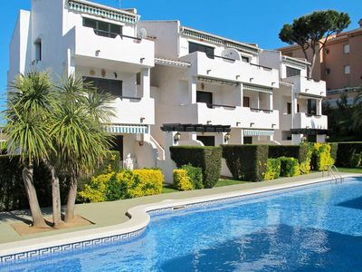 Photo for Apartment El Coto  in Playa de Pals, Costa Brava - 4 persons, 2 bedrooms