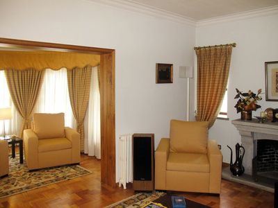 Photo for Cosy apartment for 10 guests with WIFI, TV, balcony and parking