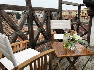 Photo for Luxury Loft with Grand Canal view and roof terrace