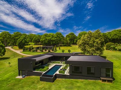 Photo for 7BR House Vacation Rental in Tintenbar, NSW