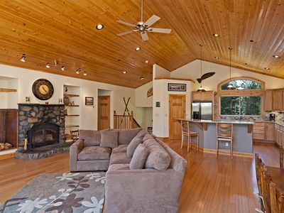 Photo for Woodside-West Shore 5 BR Lodge w/ Hot Tub, Pool Table & Game Room - Sleeps 12