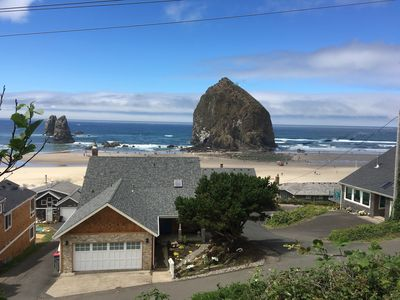 The Best View and Location at Haystack Rock in Cannon Beach