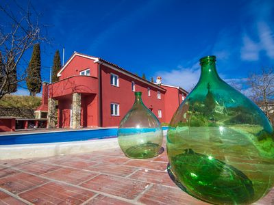 Photo for Detached house in a quiet and sunny location with pool