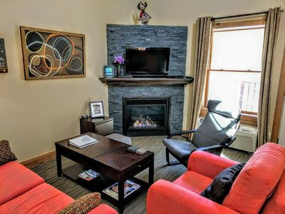 Photo for Clean, Modern Suite In Great Location Near Downtown