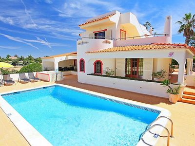 Photo for Traditional Algarve villa set in a commanding position in Vale De Parra