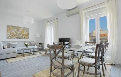 Photo for The best location!!. 8pax. 3BD & 2Bth. Reina Sofia II