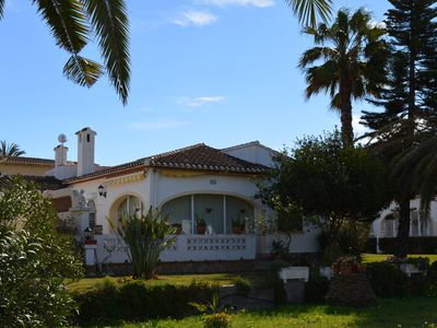 Photo for Detached villa on the beach
