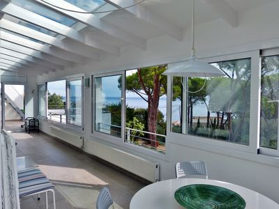 Photo for Casa PICCOLINA Panoramic seafront apartment in Cape Town Park